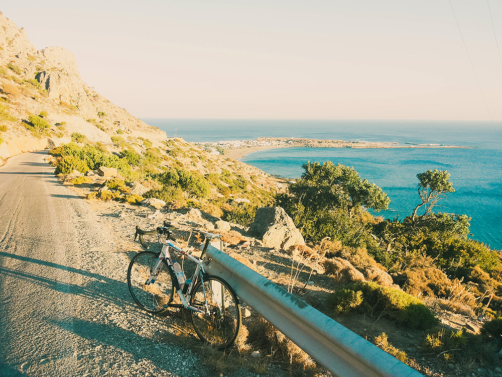 Kreta dviračiu