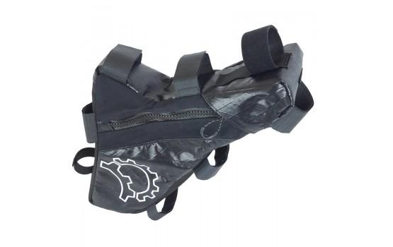 Rėmo krepšys Revelate Designs CARBON MUKLUK FRAME BAG